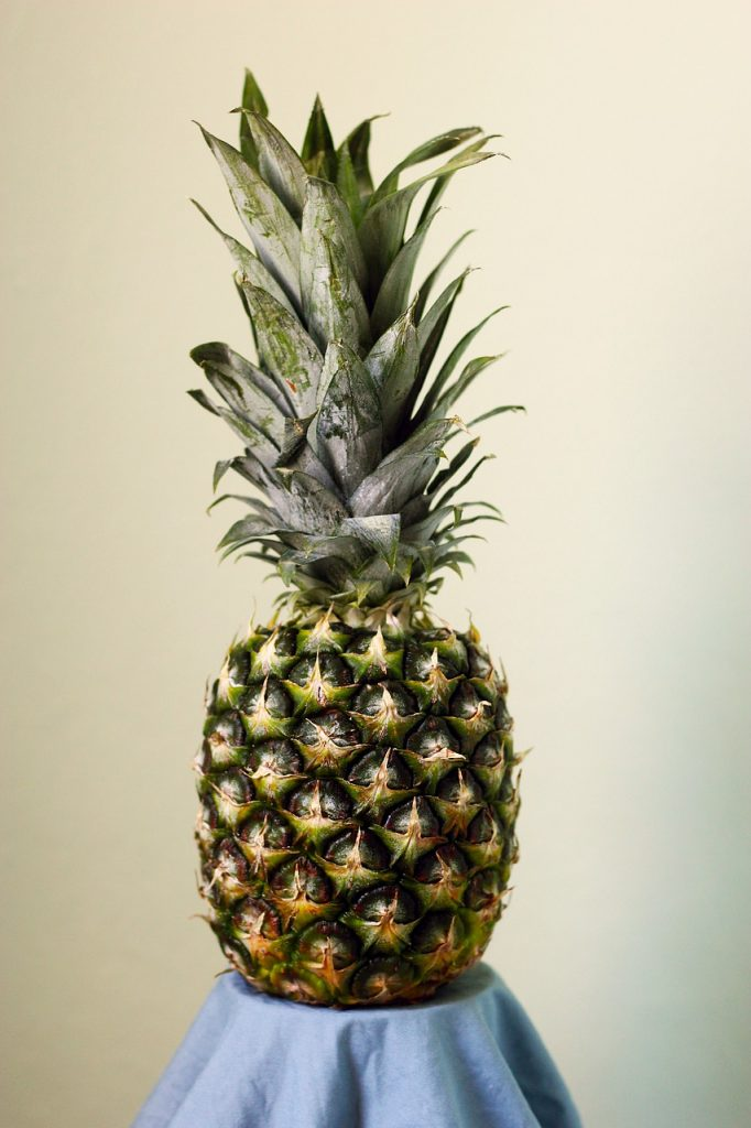how long do pineapples take to grow